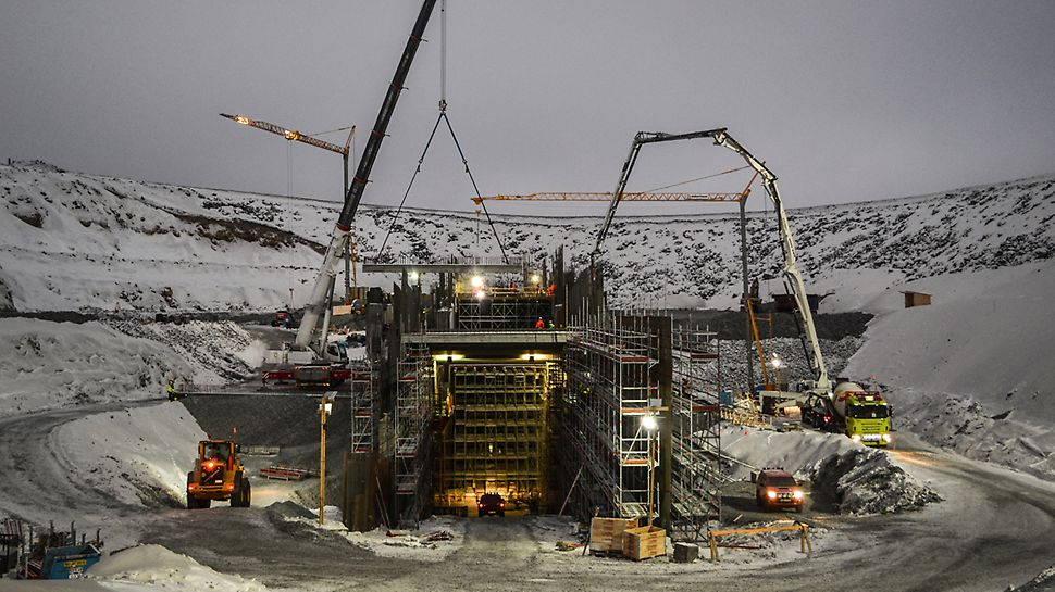 Kostnadseffektiva och säkra system samt lösningar för arbete med stora betongkonstruktioner.