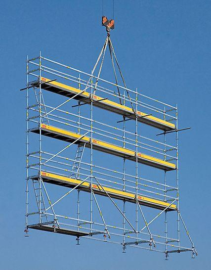 PERI UP Rosett lešenárske zostavy: Kompletná lešenárska zostava s dĺžkou 9,00m, výškou 6,30m a so systémovou šírkou 72cm sa dá premiestňovať žeriavom.