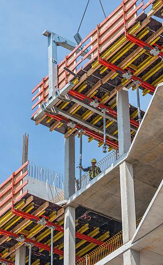 Progetti PERI - Complesso di Hirschgarten MK 4, Monaco, Germania - Tavoli perimetrali VARIODECK