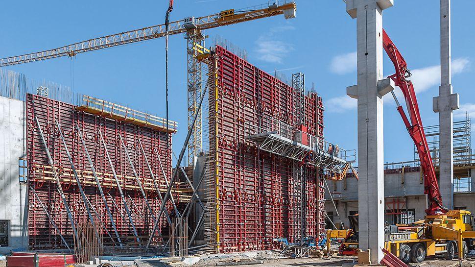 Der Bau der Sindelfinger Crashtest-Anlage war äußerst aufwändig – gefordert war höchste Präzision in kürzester Bauzeit.