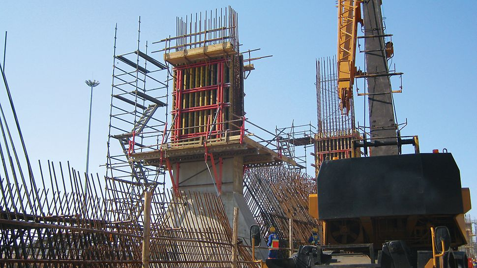 Transnet Dividing Wall, Richards Bay - efficient PERI formwork solutions for port terminal storage areas