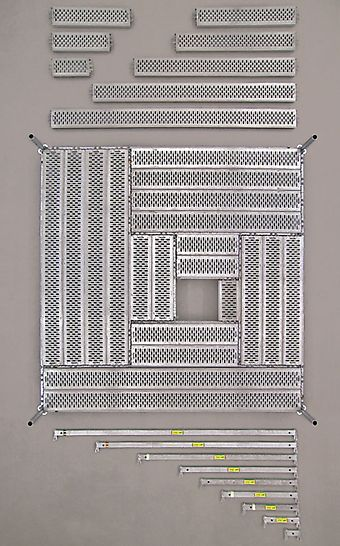 Het UDG stalen vloerrooster is voor hoge belastingen ontworpen: op lengtes tot 200 cm is de toelaatbare belasting 10,9 kN/m². Grotere lengtes kunnen respectievelijk 6,9 kN/m² en 4,7 kN/m² dragen.