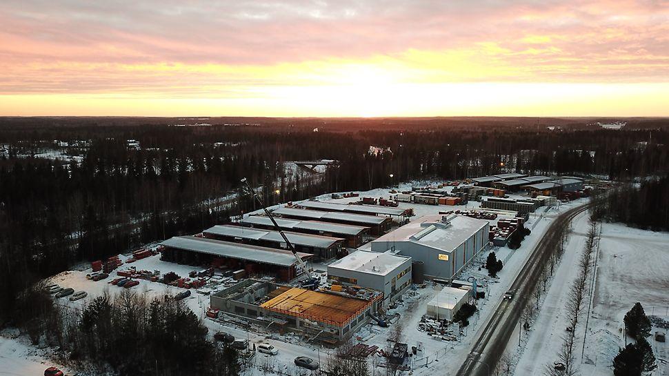 PERI Suomen pääkonttori sijaitsee Hyvinkään Hakakallion teollisuusalueella, aivan 25-tien vieressä.