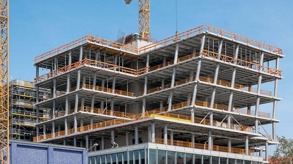 ČVUT - revitalizace, přístavba a nástavba objektu Ochrana proti pádu z výšky PROKIT na všech volných podlažích