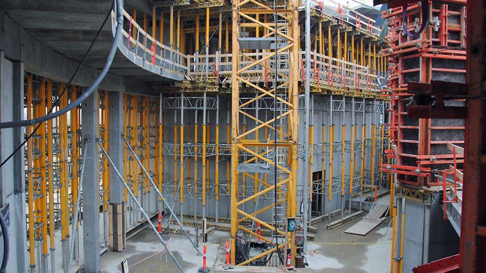 Multiproptårne til understøtning af betondæk