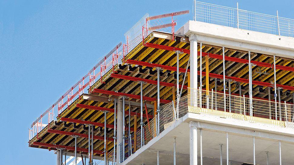 Die Deckentische mit Stahlriegel SRU als Jochträger sind die perfekte Ergänzung am Deckenrand zu den Tischmodulen VT. Mit 36 cm Bauhöhe wird wenig Lager- und Transportvolumen benötigt.