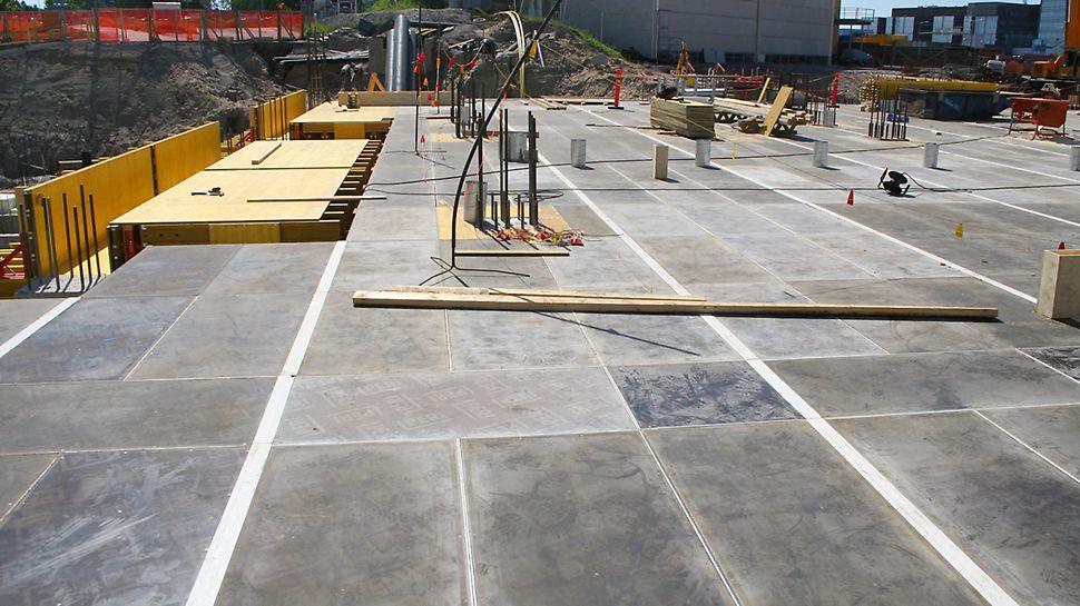 SKYDECK-holvikaseteista jää siisti kuvio betonipintaan.