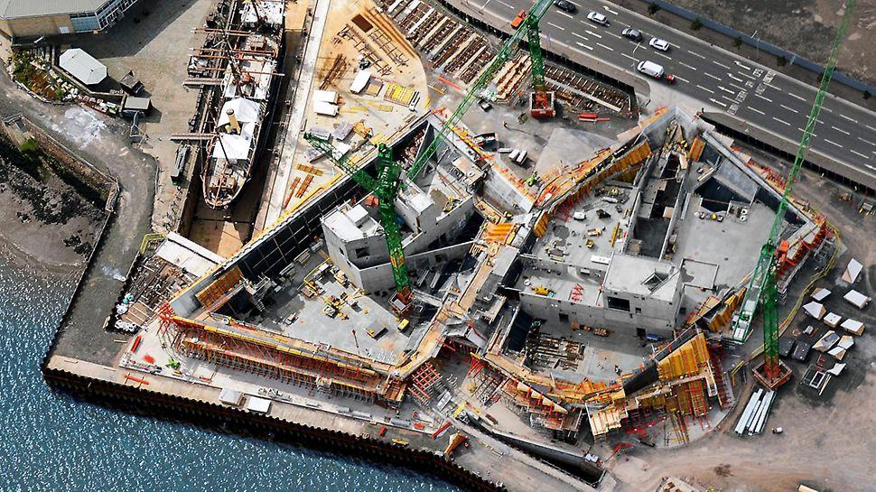 Die Beseitigung des Fangdamms wird das Wasser wieder an seine ursprüngliche Position zurückbringen. Im Einklang mit den Plänen des Architekten verschmilzt damit ein Teil des Museums mit dem Tay – Schottlands längstem Fluss.