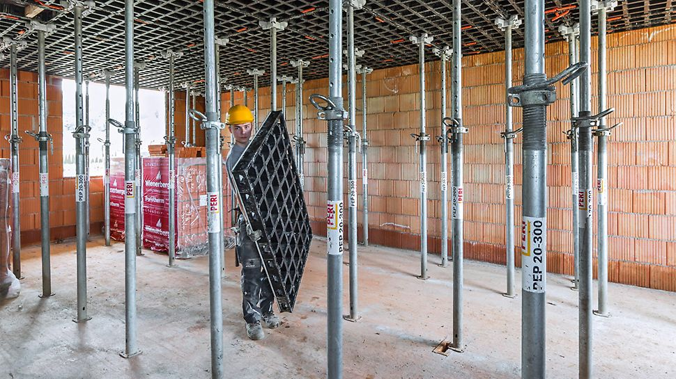 The DUO system formwork is characterized by its low weight and extremely simple handling.