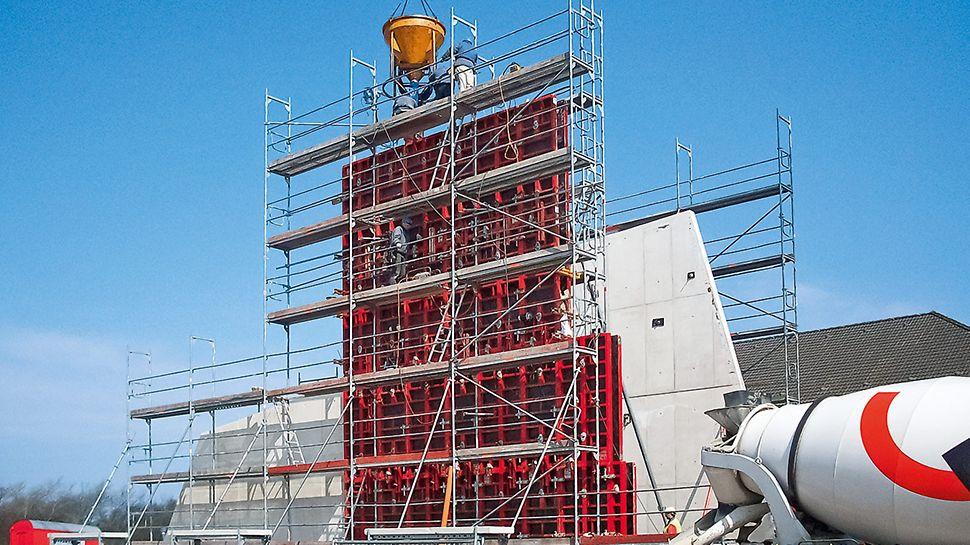 MAXIMO Rahmenschalung für ein markantes Gebäude mit optisch ansprechenden Betonoberflächen