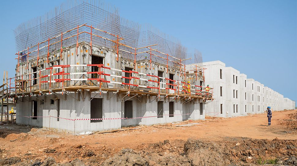 Over 500 complete floors were completed with the UNO Housing Formwork using a monolithic construction method.