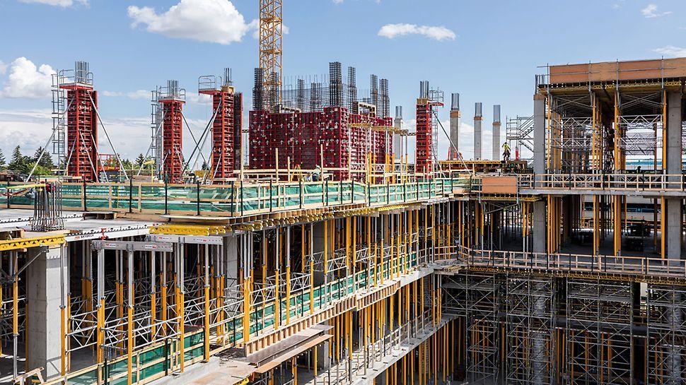 Auf der Baustelle des Calgary Cancer Centres befinden sich insgesamt 14 verschiedene, perfekt aufeinander abgestimmte PERI Systemlösungen und unterstützen die Bauarbeiter vor Ort.