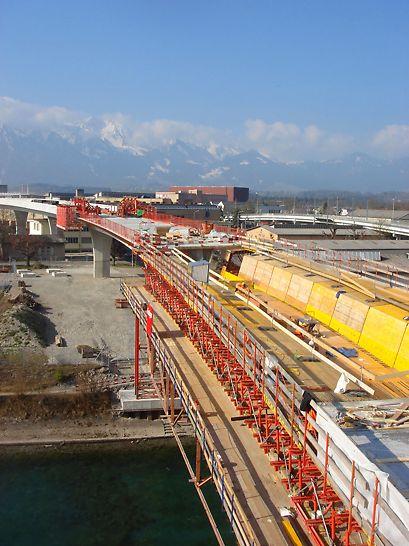 Übersicht über die Brücken-Baustelle