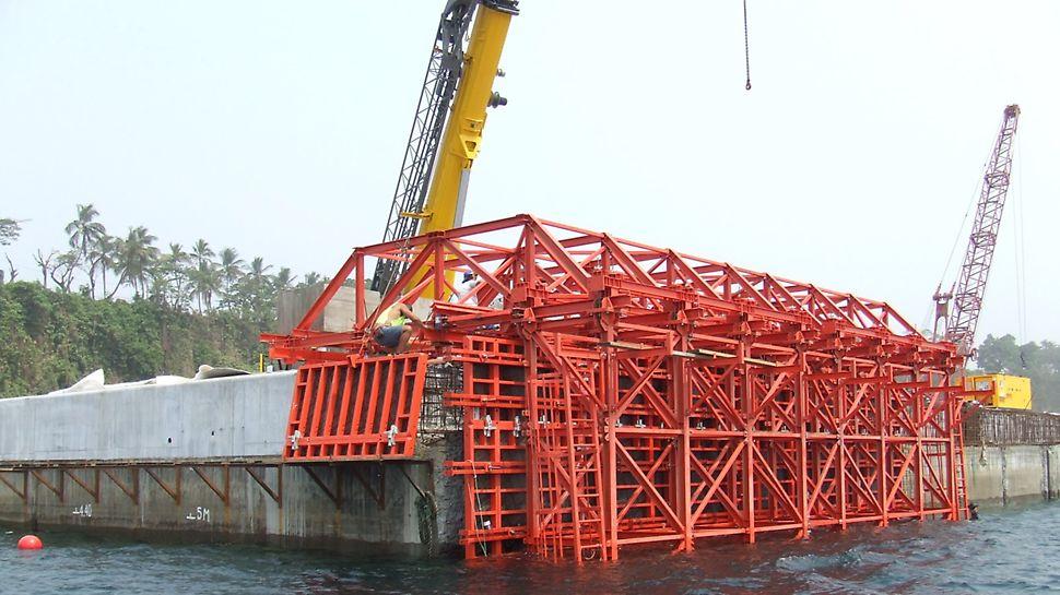 Cais Maritimo de Port Malabo - Execução da primeira betonagem