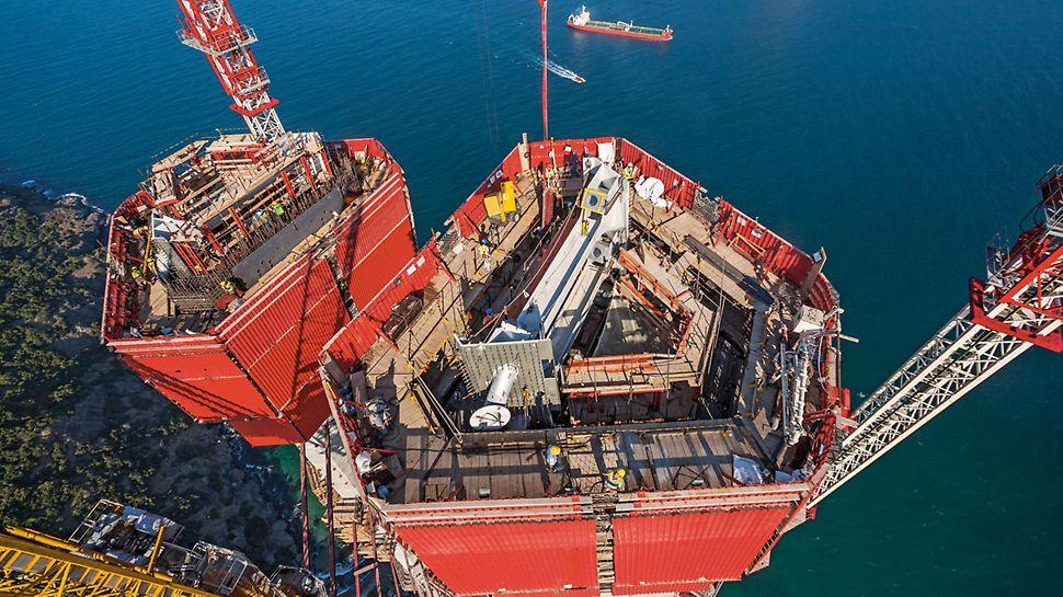 Dritte Bosporus-Brücke, Istanbul, Türkei - Die Gesamtlösung von PERI erfüllt diese Anforderungen an eine hohe Flexibilität und Maßgenauigkeit.