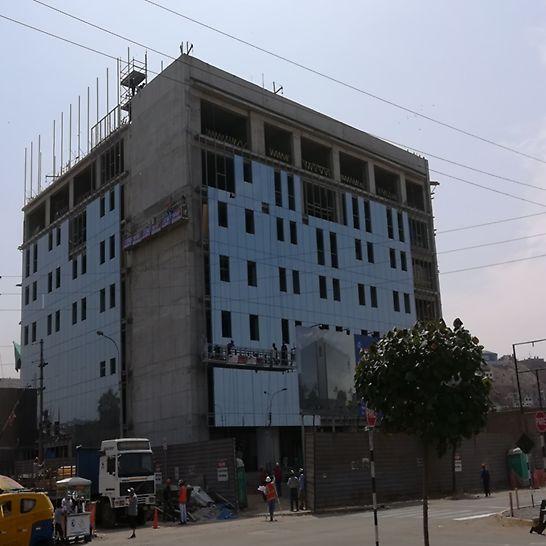 Edificio IDAT - San Juan de Miraflores, Perú