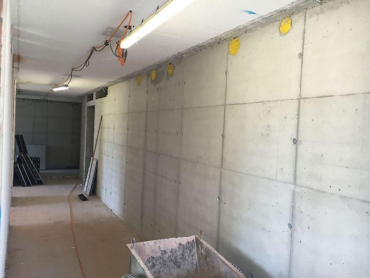 Wand im UG, betoniert mit SCC - Beton
