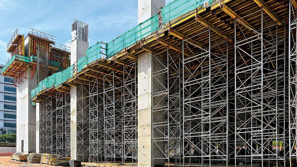 Podpěrná věž PD 8: S výškami rámů R 150 a R 110 a velkým vytažením je možné plynule podepřít jakoukoliv výšku a rozměry.