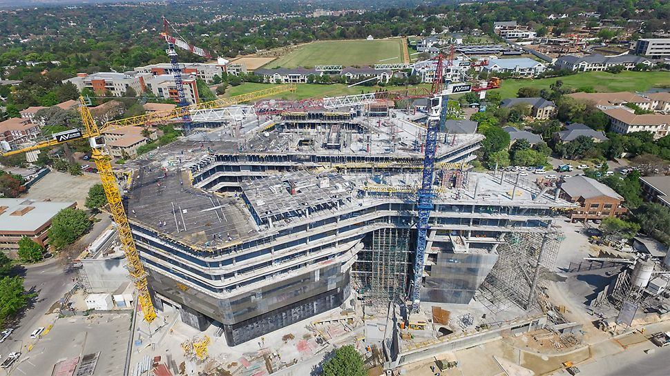 The new corporate headquarters of Sasol have 10 upper floors and 7 basement floors.
