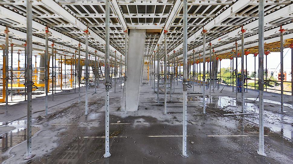 S pomocí systému SKYDECK bylo bedněno a vytvarováno 200 000 m² stropních desek.