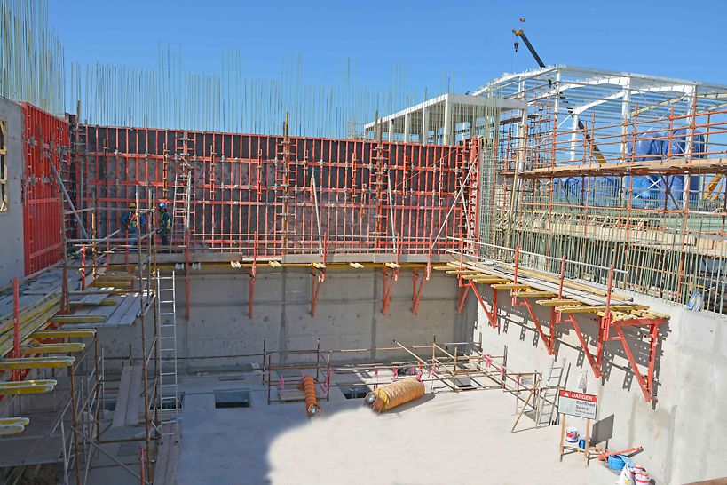 CB Climbing formwork used with TRIO wall formwork for 12 m high walls