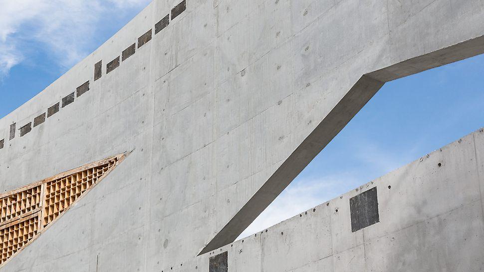 Die Aussparungskästen – in der PERI Montagehalle in Chicago per CNC-Zuschnitt maßgenau hergestellt – spielten eine ganz wesentliche Rolle, um die Geometrie der Aussparungen des Bauwerks zu realisieren.