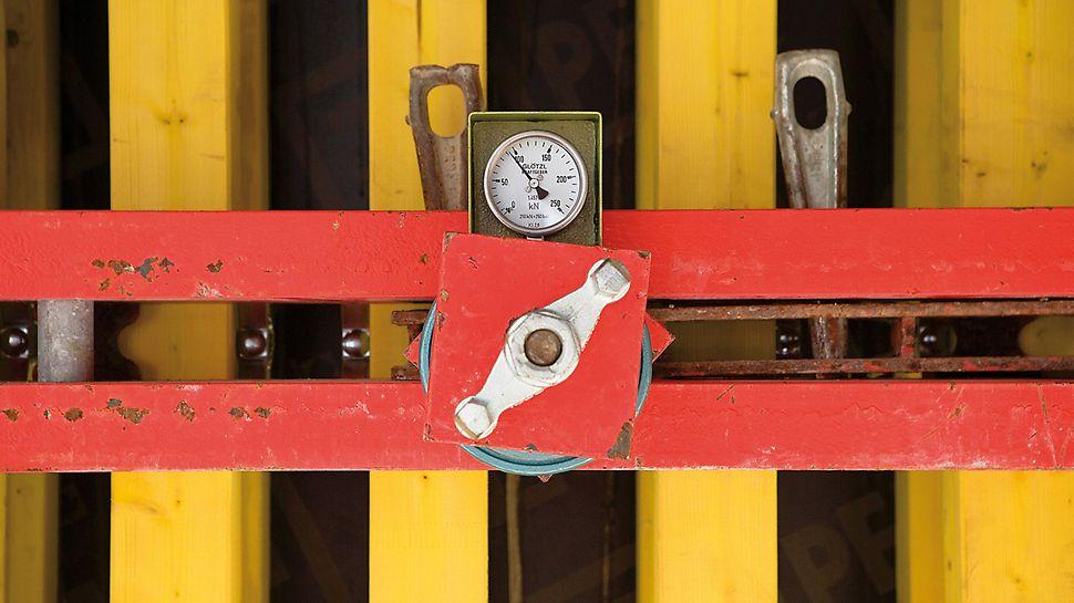 Musée Würth, Erstein, Frankreich - Selbstverdichtender Beton und große Betonierhöhen erforderten eine Bemessung der VARIO GT 24 Wandschalung auf einen Betonierdruck von 120 kN/m².