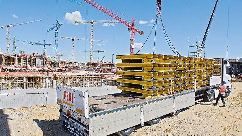 Flughafen Berlin Brandenburg, Deutschland - Die Deckentische werden von PERI vormontiert und just in time zur Baustelle geliefert.