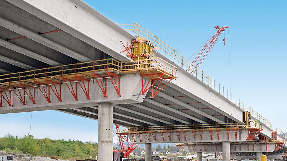 Golden Ears Bridge, Vancouver, Kanada - Über 600 Laufmeter Arbeitsplattform sorgen für einen effizienten Bauablauf und sicheres Arbeiten.