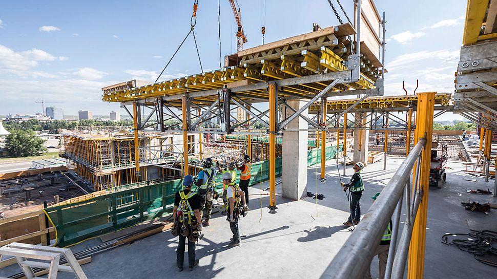 In rund 400 Montage- und Übersichtszeichnungen wurden 218 verschiedene SKYTABLE Ausführungen erstellt und speziell an die Anforderungen der Baustelle angepasst.