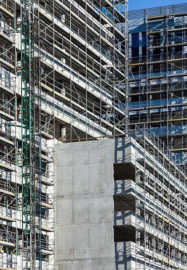 AB Rosum, Bratislava, Slovensko - Kotvenie lešenia bolo realizované rozopretím do stropov.