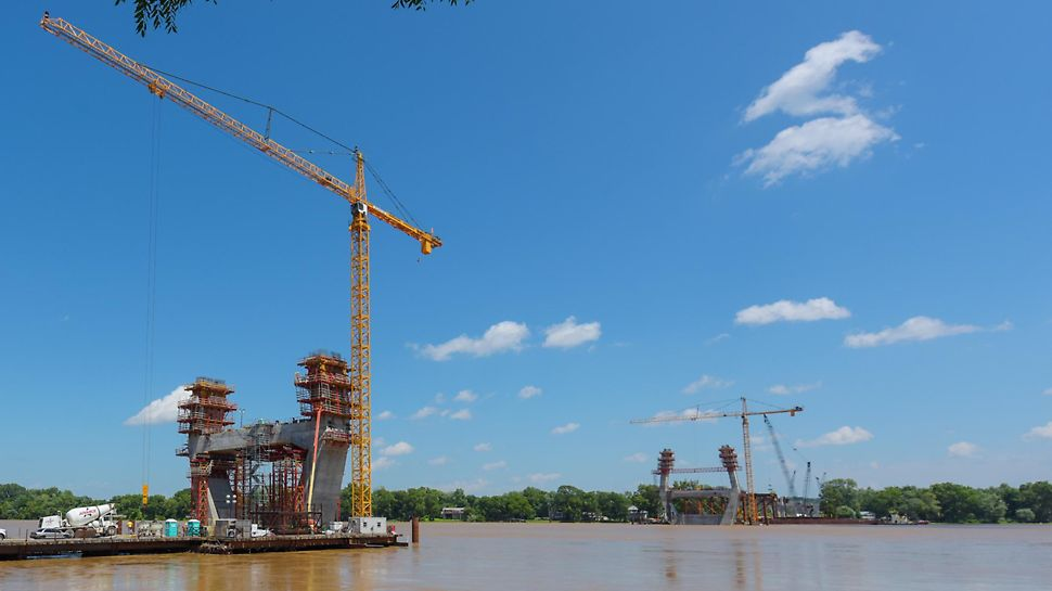 The East End Crossing is part of the Louisville-Southern Indiana Ohio River Bridges Project, an 8.5-mile roadway that will increase cross-river mobility and alleviate traffic congestion in the area.