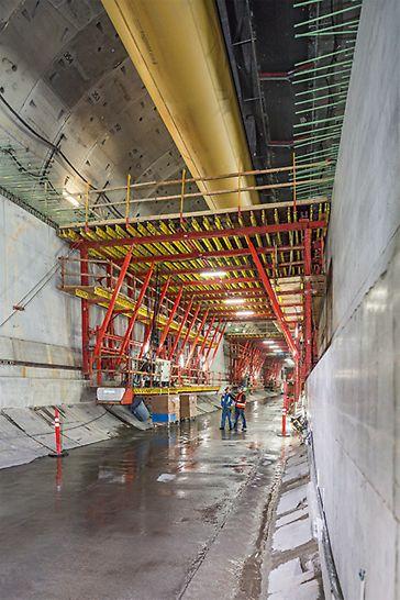Progetti PERI - State Route 99 tunnel, USA: per il solaio sono state impiegate 6 casseforme traslabili con metodo sequenziale alternato.