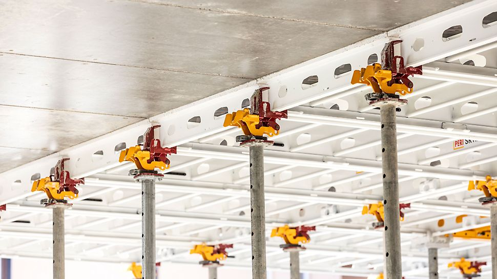The double adjustment beam consists of two SXP AB 200 adjustment beams.