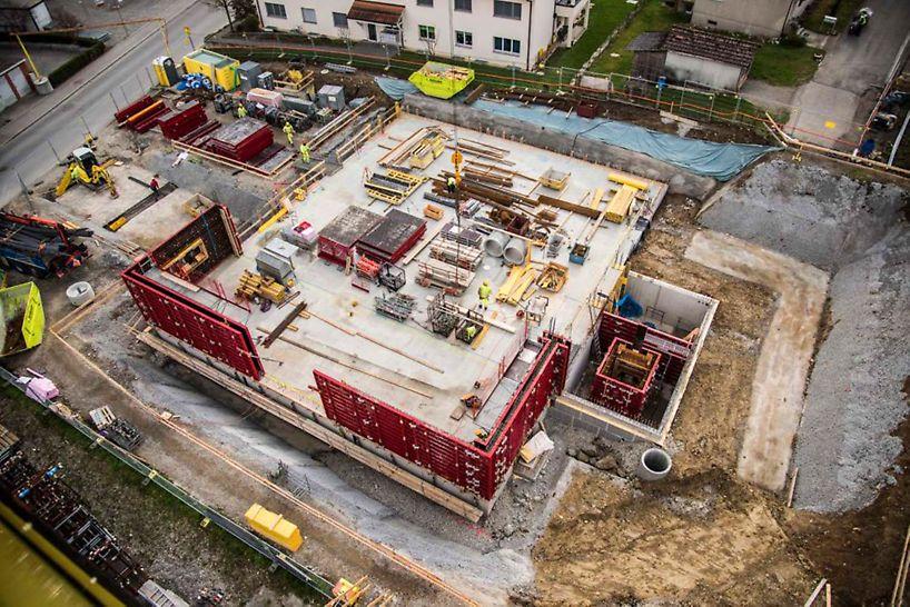 Sicht von oben auf die Baustelle