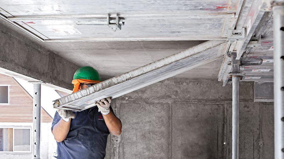 Sídliště Los Portones de Linares, Chile: Se systémem padací hlavy mohou být stropní panely odbedněny velmi brzy.
