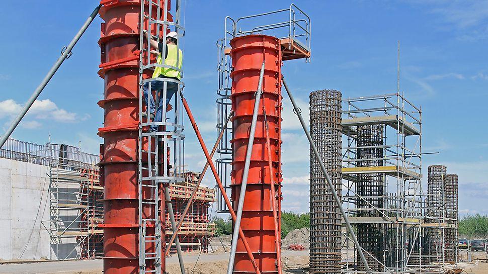 Zdjęcie: Najwyższe standardy bezpieczeństwa pracy z systemami deskowań i rusztowań PERI - Estakady dojazdowe mostu MD7