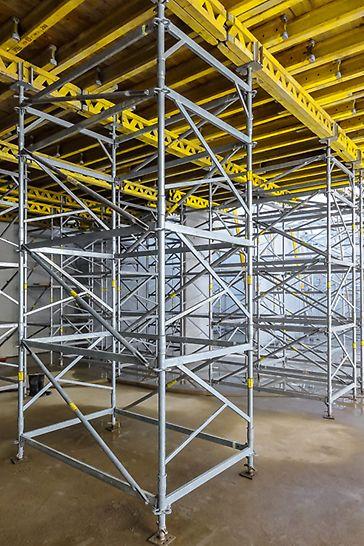 Als freistehender Stützturm bis 6,39 m Aufbauhöhe und für Lasten bis 45 kN; am Kopf gehalten bis 9,39 m und für Lasten bis 50 kN