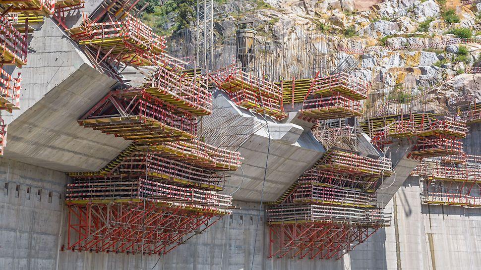 Staudamm Foz Tua, Vila Real – Alijó, Portugal - PERI Projekt