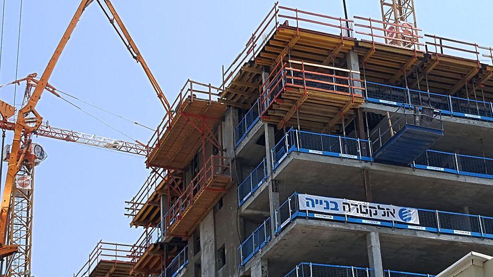 גאולה 14 תל אביב - מרפסות קונזוליות