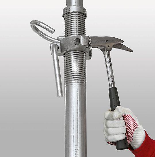 PERI PEP Ergo Vloerschoor: De vorm van de moer geeft, onder belasting, de richting voor het verlagen aan en laat toe het materiaal zachtjes te laten zakken zonder beschadiging.