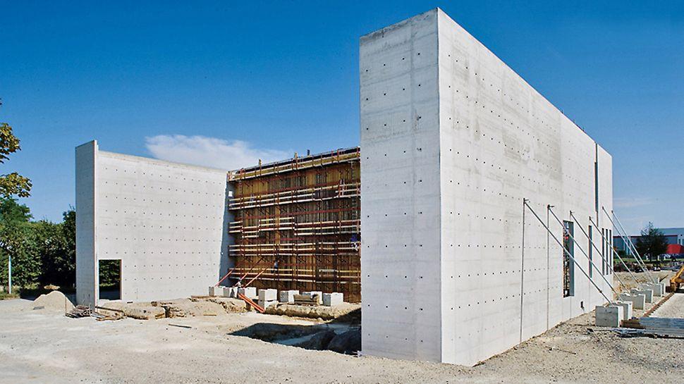 Musée Würth, Erstein, Francuska - fleksibilni VARIO GT 24 sistem zidne oplate omogućuje ispunjavanje zahtjeva u pogledu formiranja spojeva oplatnih ploča te oblikovanja i pozicioniranja sidrenih pozicija.