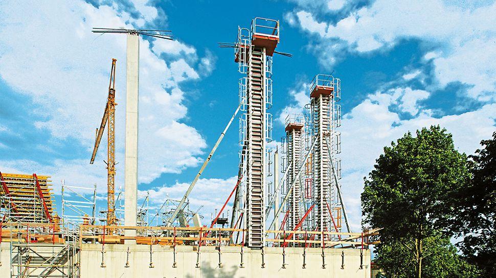 11,70 m hohe RAPID Säule. Der hohe zulässige Betondruck erlaubt schnelles Betonieren.