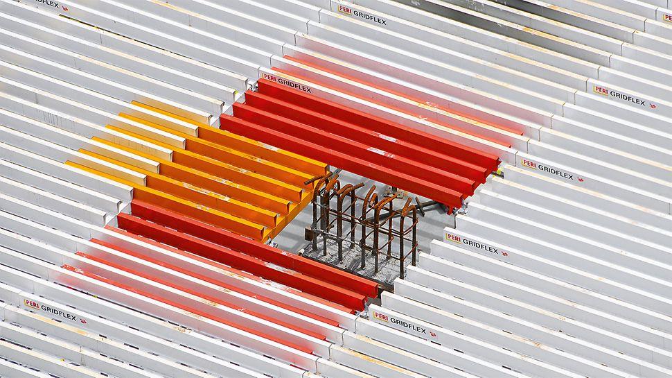 Um verbleibende Passbereiche zu schließen, bietet GRIDFLEX entsprechende Längen- und Breitenausgleiche. Die Elemente sind mit einer Überlappung zum Standardelement einzubauen.