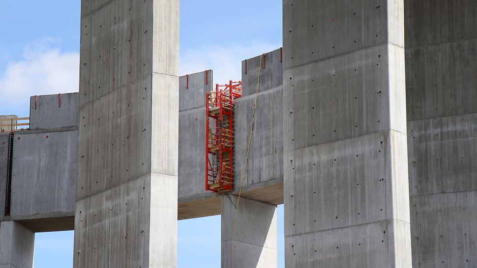 Nya vattentornet i Helsingborg - Delar av vattenreservoaren har lyfts på plats