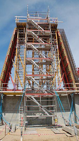 Stigsnæsværket - VARIO forme brugt til forskalling af pylonerne.