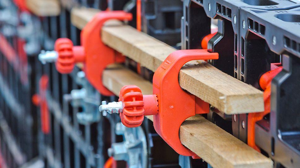 Effizientes und zeitsparendes Schalen per Hand ohne maschinelle Hebe- und Transportwerkzeuge