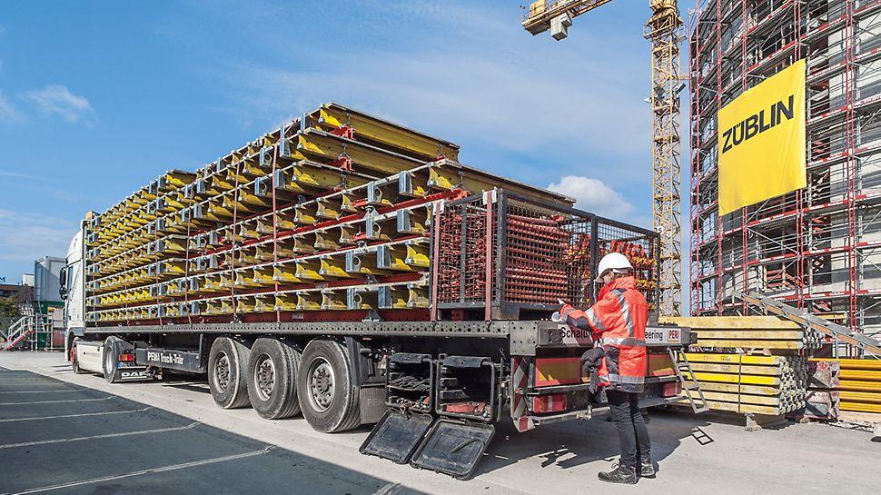 Lastwagen mit Materiallieferung steht vor der Baustelle des Bürogebäudes New Office Airport in Stuttgart.