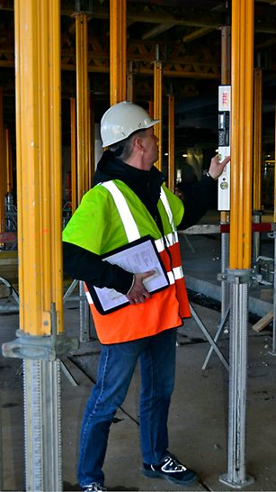Den midlertidige konstruktion til hvert støbeafsnit kontrolleres af PERI inden støbning