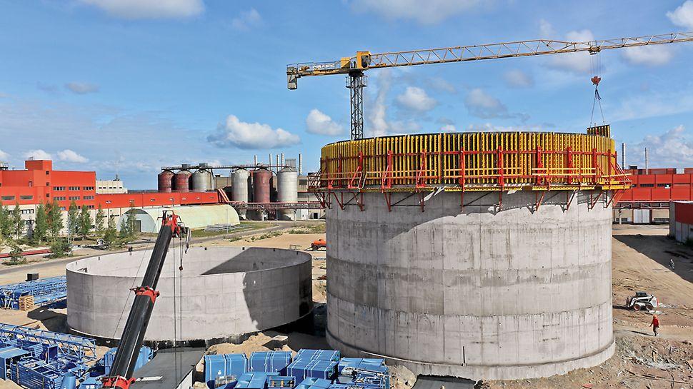 Опалубочные модули VARIO для бетонирования круглого силоса диаметром 25 м